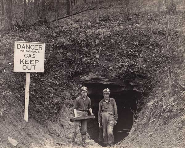 Mine Fire East Entrance, Shawnee Tunnel. Photo courtesy of Little Cities Archive.