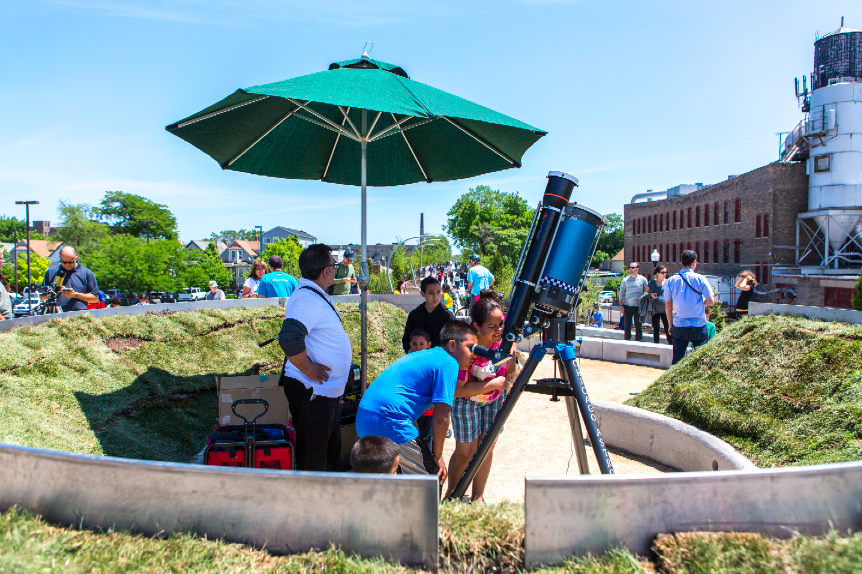 Created in collaboration with the Adler Plantearium, The 606 Observatory hosts community sky watchers with big scopes between the equinox and solstice events that highlight the season. Image: School of the Art Institute of Chicago