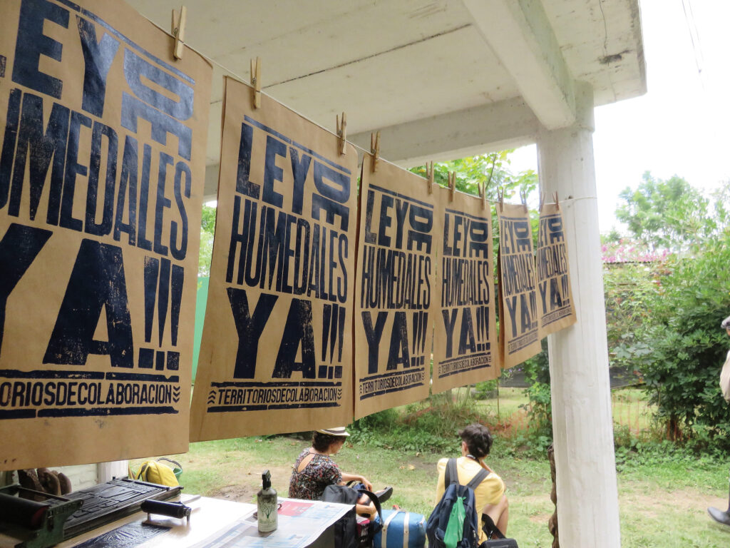 """""""Wetland Law Now!"""" A letterpress workshop organized as part of a campaign along the Paraná River delta for the project """"Collaborative Territories/Flooded Pedagogies."""""""
